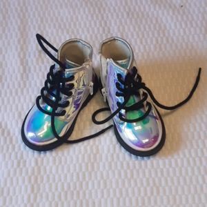 The Childrens Place Baby Boots Size 6 Rainbow